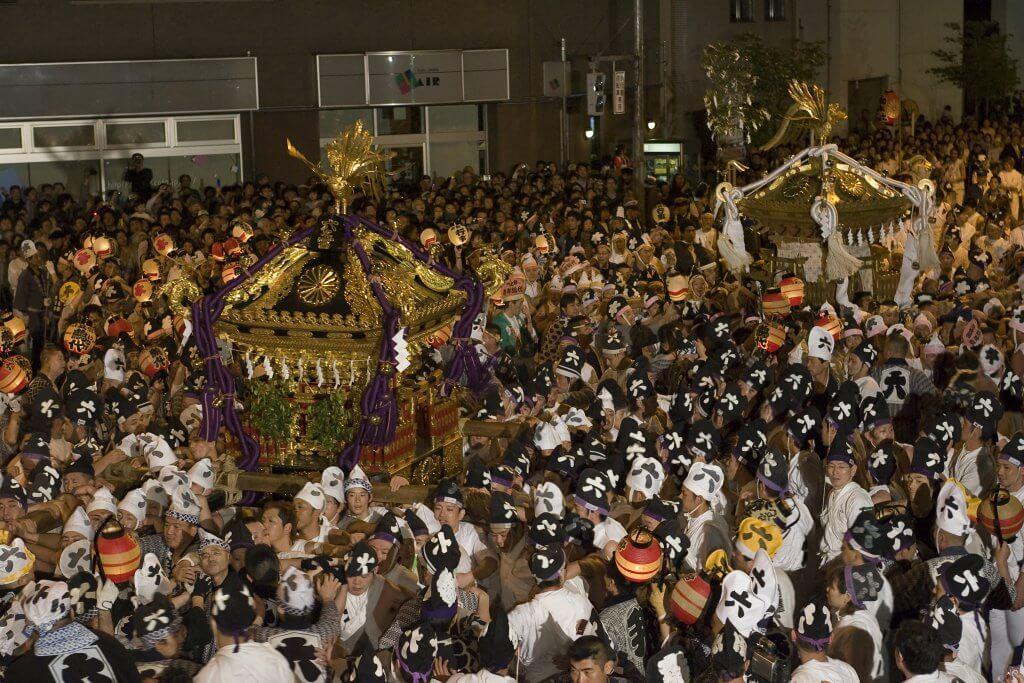 (写真)くらやみ祭 神輿渡御