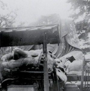 UenoDaibutsu_-_headless_-_1923